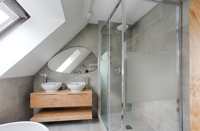 Duplex de 120 m2 à Puteaux moderne-salle-de-bain