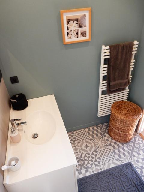 home staging salle de bains mouans sartoux apres. Black Bedroom Furniture Sets. Home Design Ideas