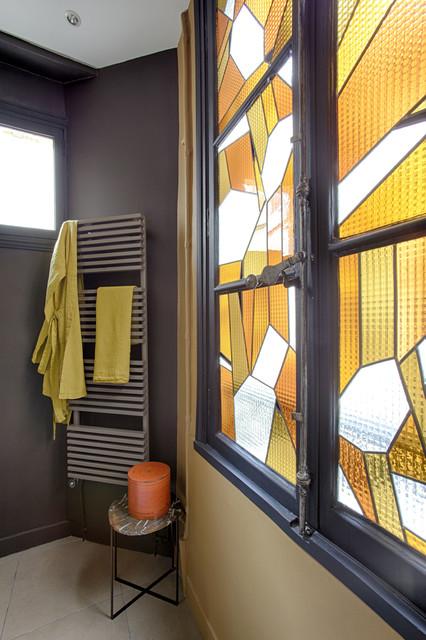 le vitrail de la salle de bain eclectique-salle-de-bain