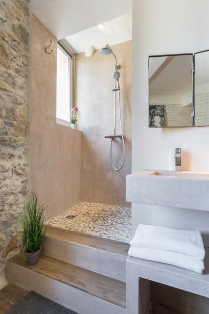 les remparts mediterran badezimmer nizza von franck minieri photographer. Black Bedroom Furniture Sets. Home Design Ideas