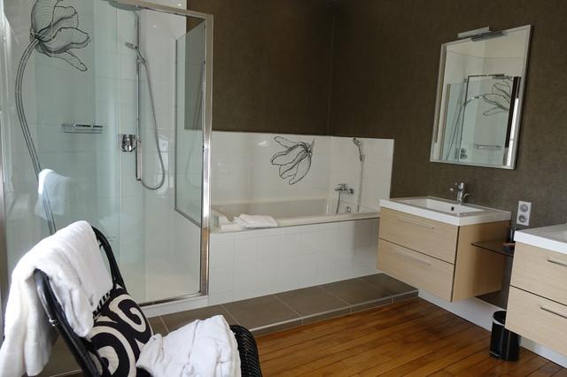 Les salles de bains for Garage des pins angers