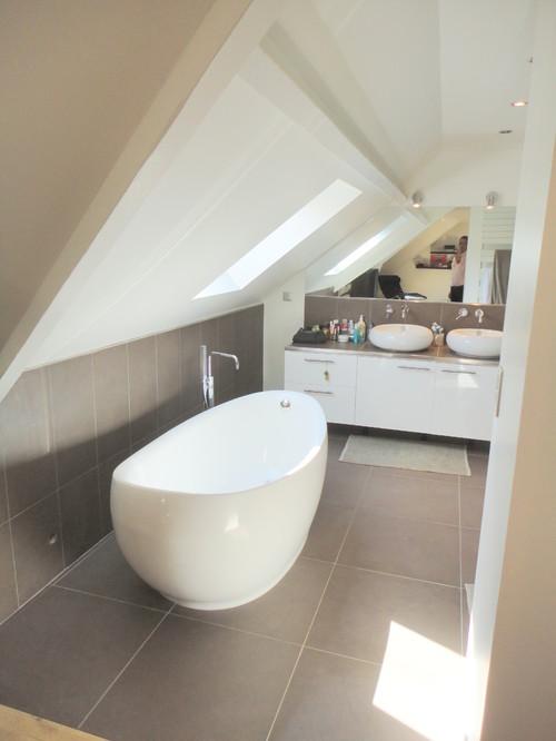 Superbe salle de bain ou puis je acheter la baignoire for Ou acheter salle de bain
