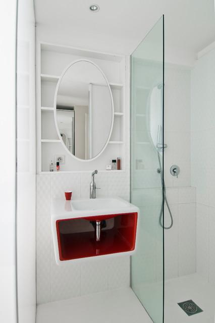 Loft paris 16 contemporain salle de bain paris par for Accessoires salle de bain paris 16