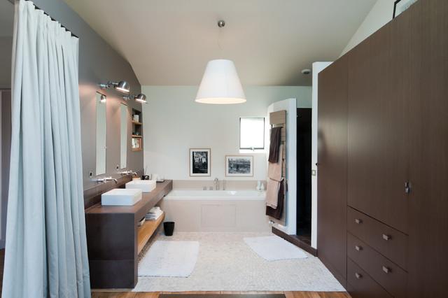 Maison charenton contemporain salle de bain other metro par yves mahieu spoutnik - Houzz salle de bain ...