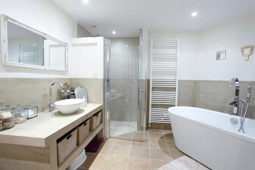 les tendances 2016 dans la salle de bain. Black Bedroom Furniture Sets. Home Design Ideas