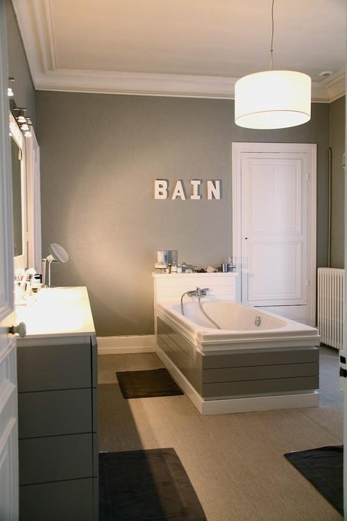 5 astuces pour personnaliser sa salle de bains quand on est locataire blog d 39 appartager. Black Bedroom Furniture Sets. Home Design Ideas