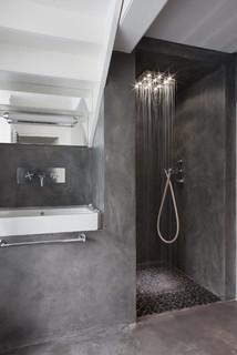 Maison v villennes sur seine contemporary bathroom for Mini lavabo salle de bain
