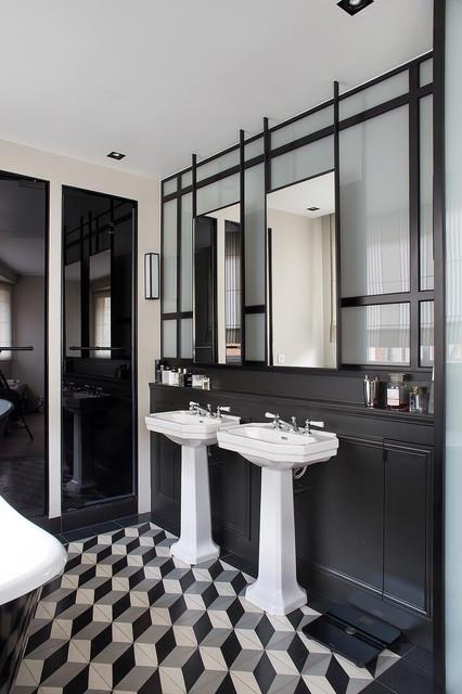 Neuilly contemporary bathroom paris by architecte for Architecte d interieur paris
