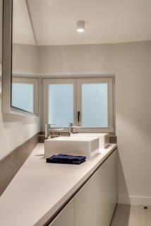 Paris 16 50m2 contemporain salle de bain paris par for Accessoires salle de bain paris 16