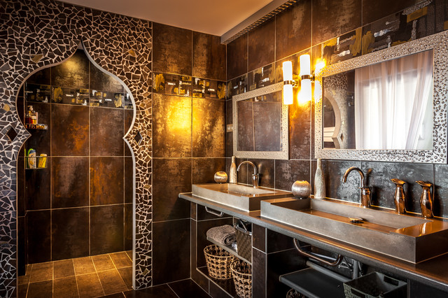 photographie d 39 int rieur mediterranean bathroom montpellier by philippe pasdeloup. Black Bedroom Furniture Sets. Home Design Ideas