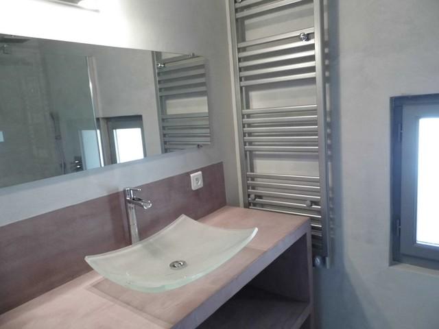 plan vasque en béton ciré modern-bathroom