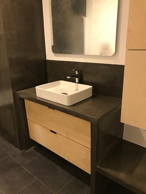 plan vasque sur mesure en b ton cir avec meuble tiroirs. Black Bedroom Furniture Sets. Home Design Ideas