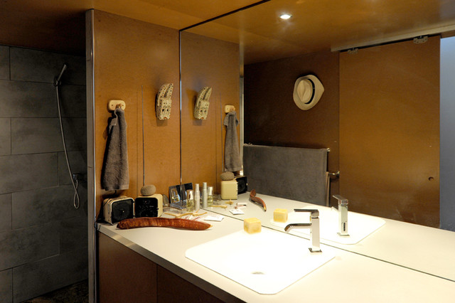 contemporary bathroom by FABRE/deMARIEN