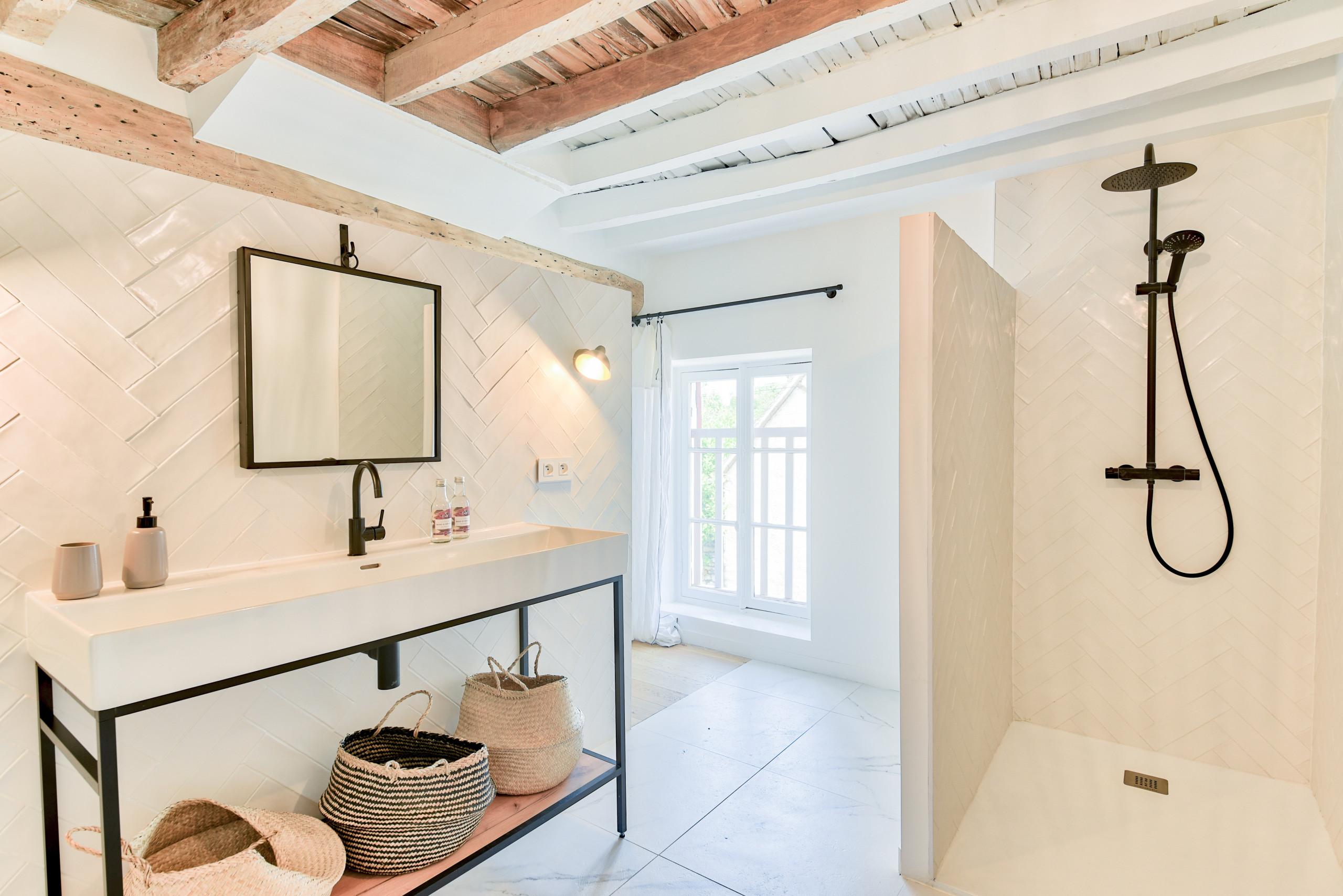 Rénovation d'un corps de ferme de 365 m2 - Suite Parentale & Mezzanine
