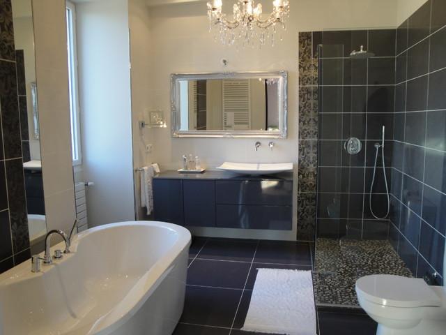 R novation d 39 une salle de bain ancienne - Renovation salle de bain ...