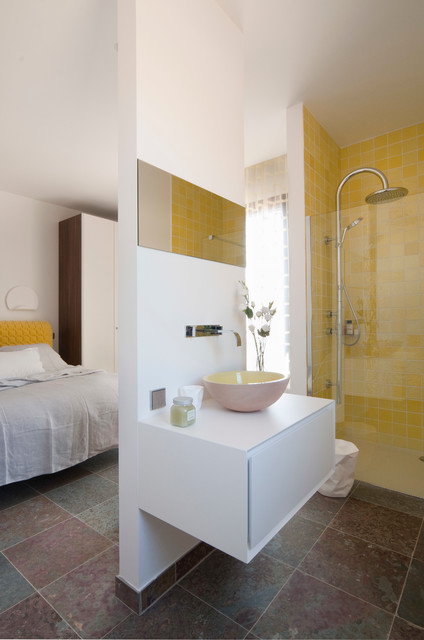 Photo of a medium sized contemporary shower room in Nice with a built-in shower, yellow tiles, white walls and a vessel sink.
