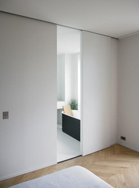 rue du japon contemporain salle de bain toulouse par rmgb. Black Bedroom Furniture Sets. Home Design Ideas