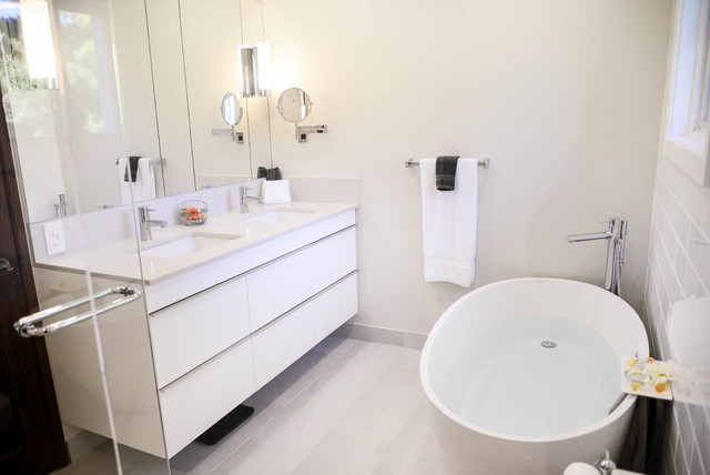 Salle de bain bathroom tmr contemporary bathroom for Reno salle de bain