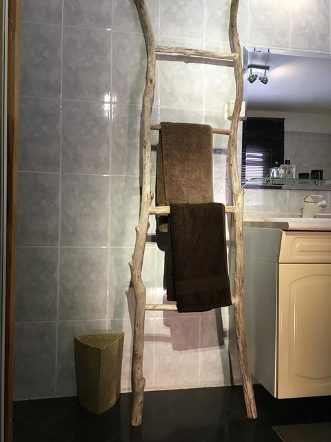 Salle de bain bois flott for Salle de bain bois flotte