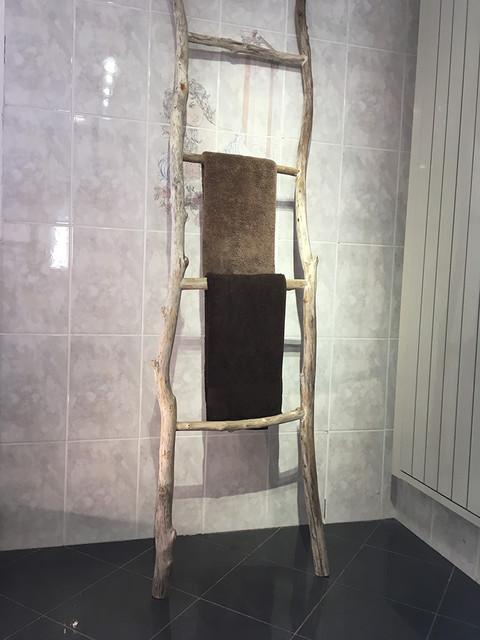 Salle de bain bois flott for Salle de bain en bois flotte