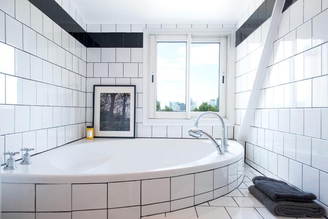 Salle de bain classique chic dans un appartement Paris 16ème ...