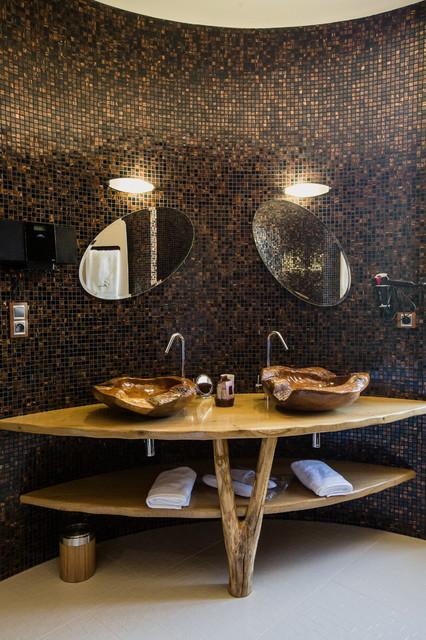 Salle de bain ethnique dans une tourelle du ch teau tropical bathroom strasbourg by a3design - Salle de bain strasbourg ...