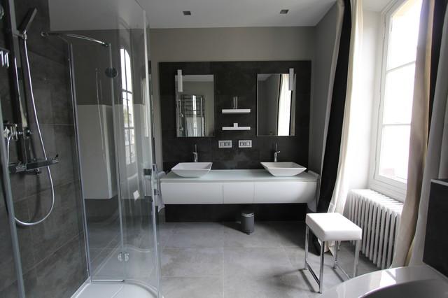 salle de bain intemporelle moderne salle de bain paris par asdesign asd. Black Bedroom Furniture Sets. Home Design Ideas