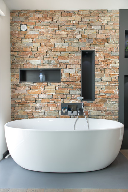 Salle De Bain Parement Pierres Contemporary Bathroom