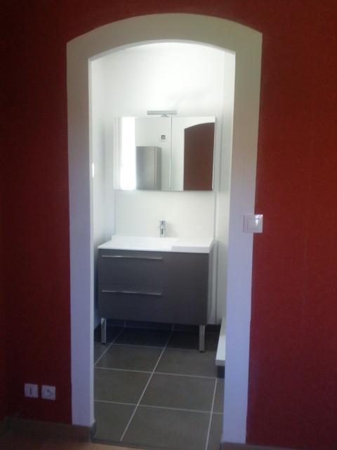 Suite parentale modern bathroom angers by adapt for Suite parentale moderne