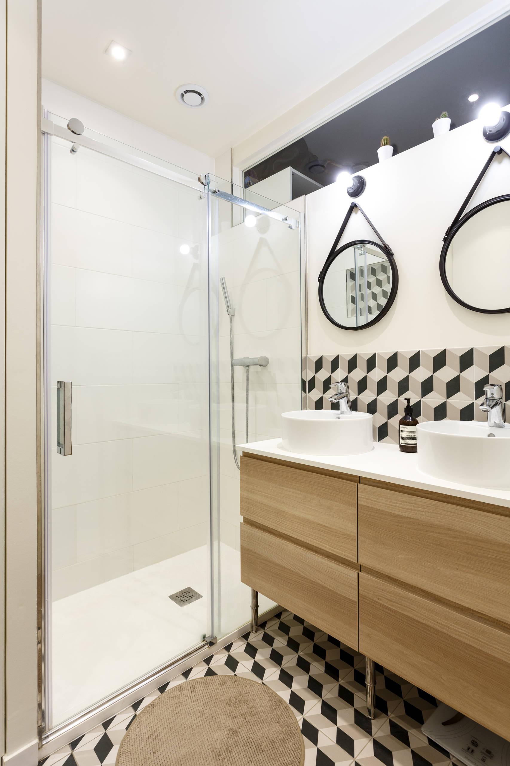 Un puit de lumière dans la salle de bain
