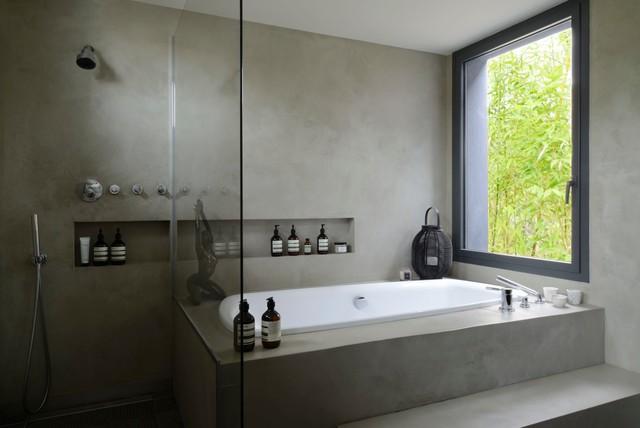 maison contemporaine saint maur des foss s asiatisch badezimmer other metro von red. Black Bedroom Furniture Sets. Home Design Ideas