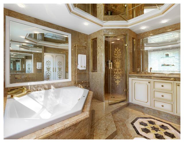 Villa dell arte luxe staff et corniches classique - Photo de salle de bain de luxe ...