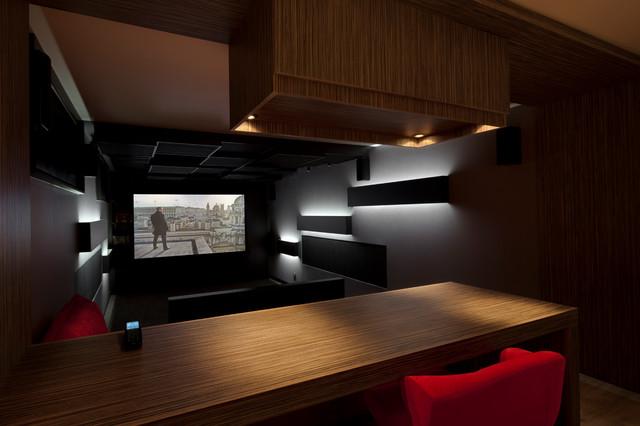Salle de cin ma caluire 01 contemporary home theater lyon by dark sid - Home cinema salle dediee ...
