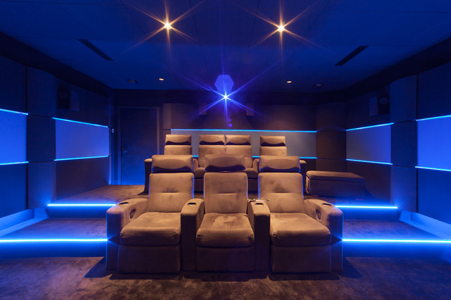 salle de cinema priv c te d 39 azur moderne salle de. Black Bedroom Furniture Sets. Home Design Ideas