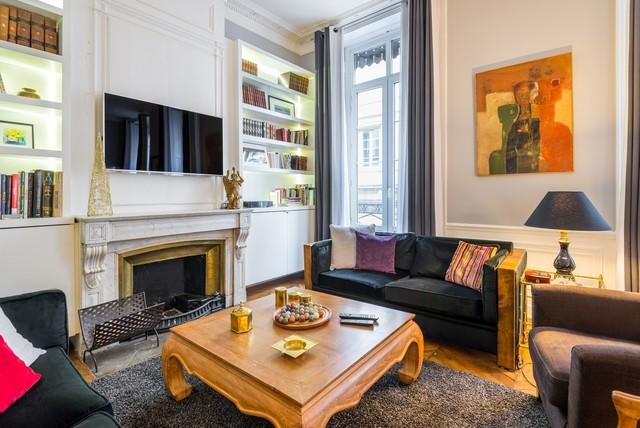 Appartement haussmannien - Lyon 2ème - Eclectic - Family Room - Lyon ...