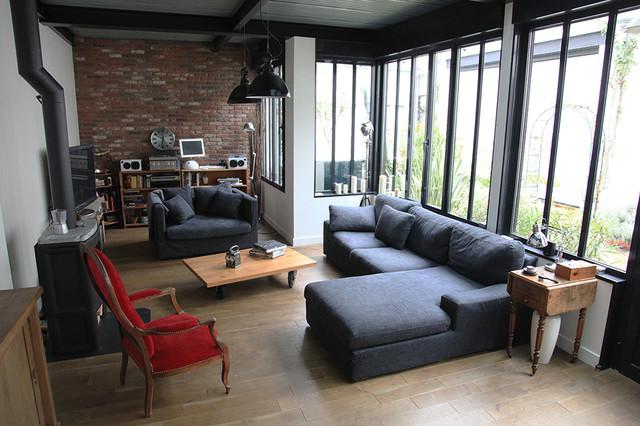 atelier loft ouest parisien industriel salle de s jour autres p rim tres par blandine. Black Bedroom Furniture Sets. Home Design Ideas