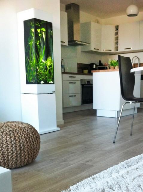 colonnes aquariums design. Black Bedroom Furniture Sets. Home Design Ideas
