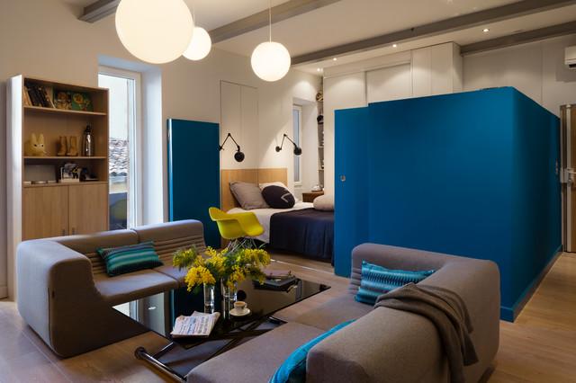 Cube bleu contemporain salle de s jour nice par for Salle de sejour bleu