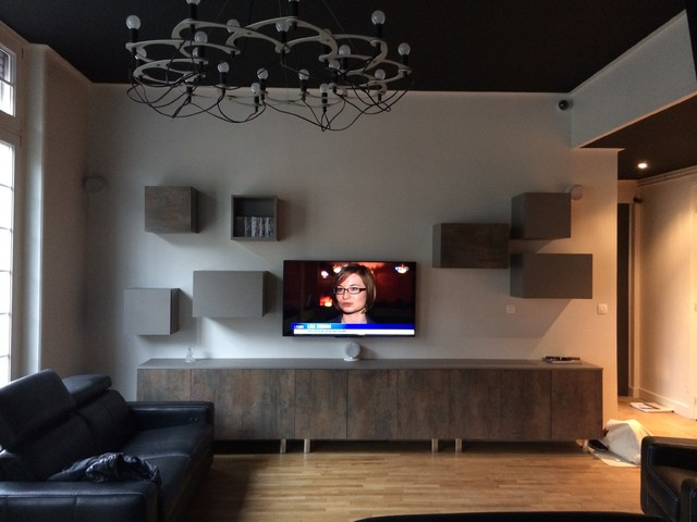installation home cinema moderne salle de s jour lille par cinematik. Black Bedroom Furniture Sets. Home Design Ideas