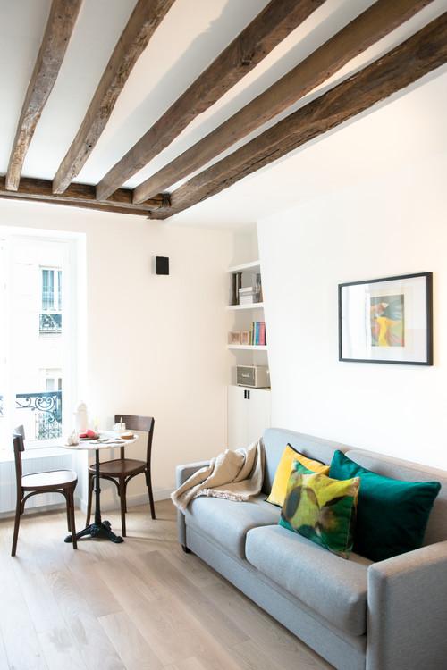 Cette chambre de bonne de 16 m a t transform e en un charmant studio parisien - Chambre de bonne paris 16 ...