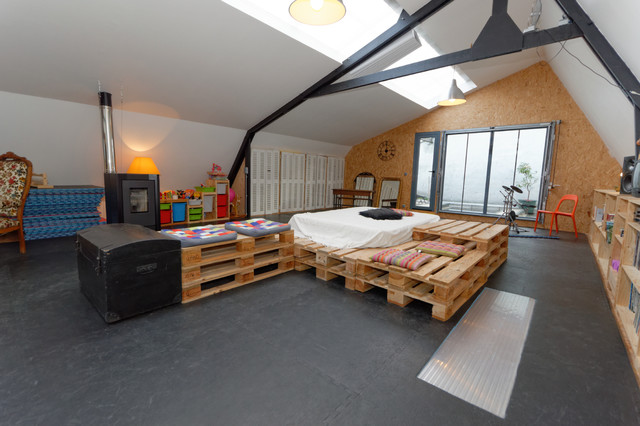 Loft Cherbourg industrial-family-room