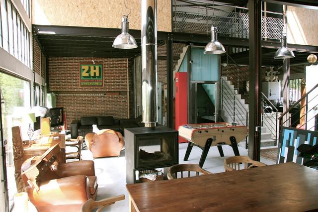 Maison Loft Transformation d'une usine en loft loft-semeynaya-komnata