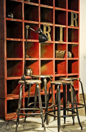 Mobilier Vintage - Industrial - Family Room - other metro ...