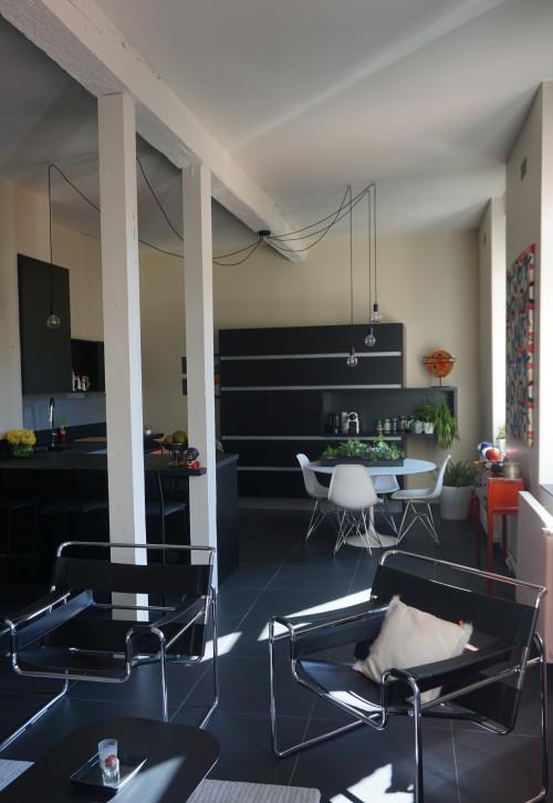 Top 20 Interior Designers That Are A Staple In Toulouse's ID World! noir et blanc renovation d une piece de vie escales couleurs img a491b4d70f4d2242 8 0592 1 1ad322b