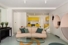 Avant/Après : Un ancien garage joue avec les formes et couleurs
