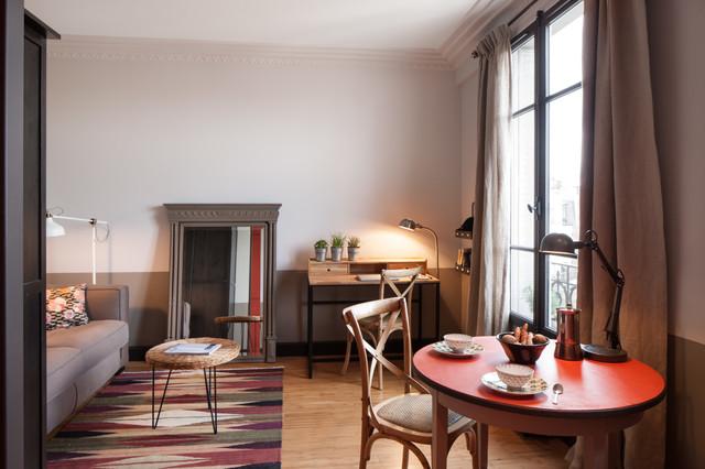 r novation d 39 un studio doda design et architecture classico salotto parigi di alban. Black Bedroom Furniture Sets. Home Design Ideas