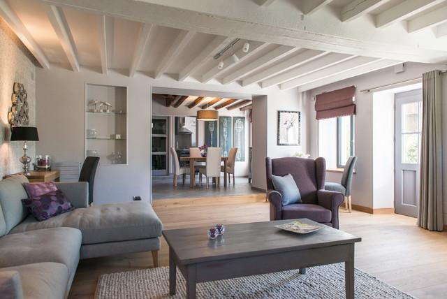 salon salle manger gris parme classique chic salle de s jour clermont ferrand par. Black Bedroom Furniture Sets. Home Design Ideas