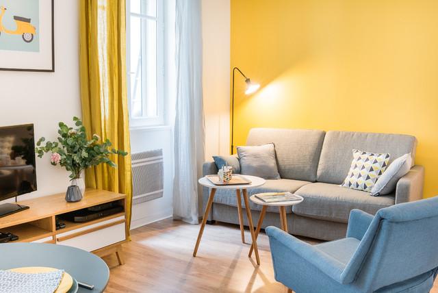 Couleur Dautomne Le Jaune Moutarde Un Rayon De Soleil Dans La Déco - Formation decorateur interieur avec petit fauteuil moutarde