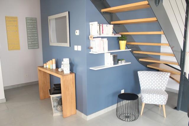 une maison moderne esprit scandinave scandinave salle de s jour rennes par couleurs et. Black Bedroom Furniture Sets. Home Design Ideas