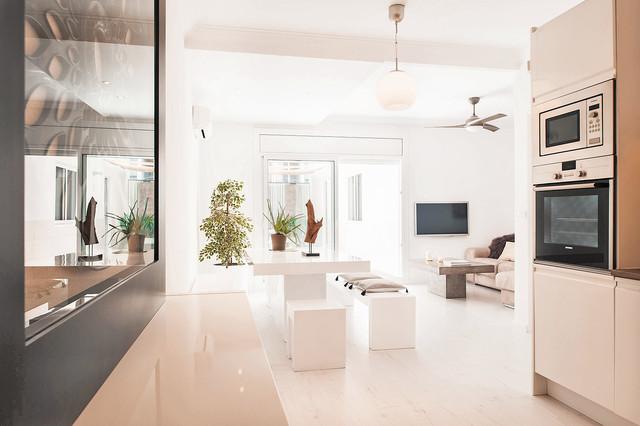 Comedor minimalista abierto al salón - Contemporáneo - Salón ...